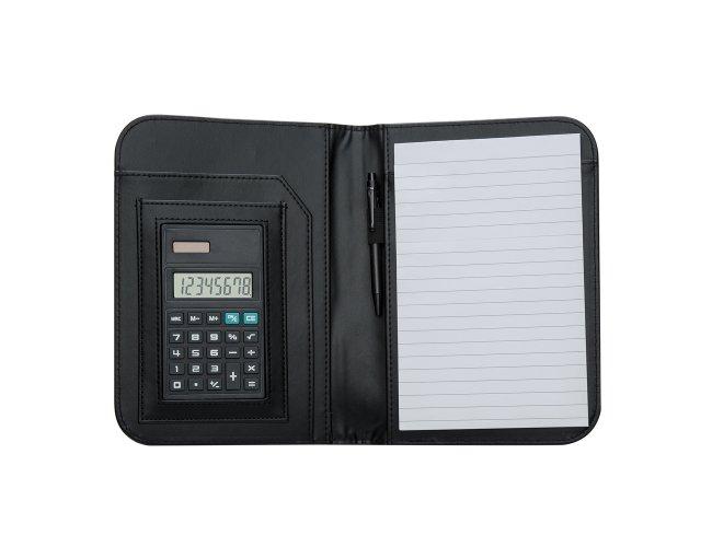 bloco de anotações com calculadora e caneta.