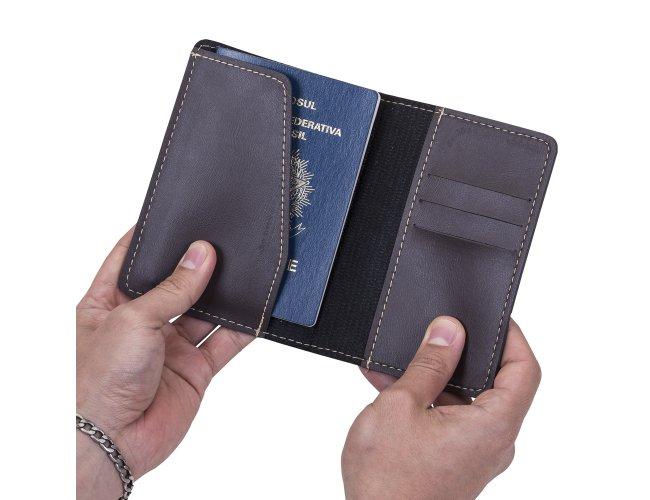 https://www.b2bbrindes.com.br/content/interfaces/cms/userfiles/produtos/porta-passaporte-marrom-4238-1480688948-347.jpg